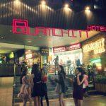 バンコク出会喫茶「テーメーカフェ」で異国の恋人探し?