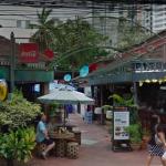 タイ  バンコク Queen's Park Plaza(クイーンズ パーク プラザ) バービア の遊び方 値段 営業時間